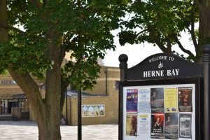 Welcome to Herne Bay sign